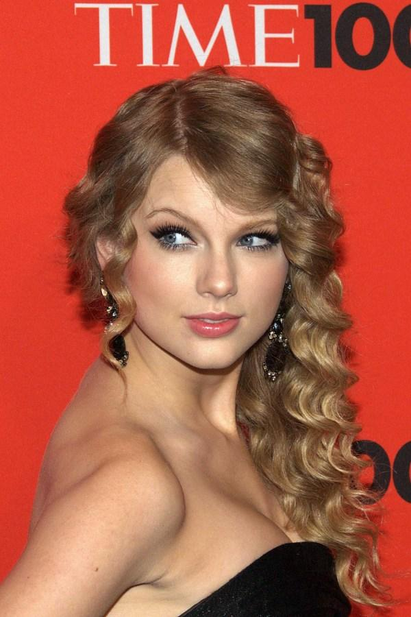 Swift+at+the+Time+100+Gala