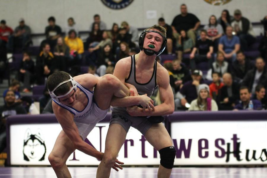 Gallery: Varsity and JV wrestling at EKL