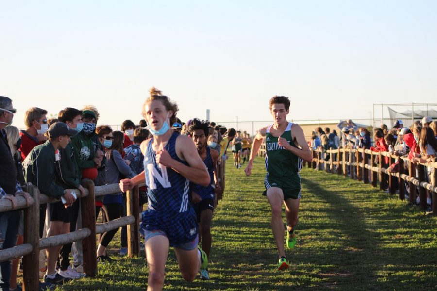 GALLERY%3A+Varsity+Cross+Country+on+Oct.+15