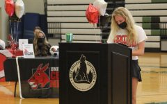 Navigation to Story: GALLERY: Athlete Signing Day on May 6