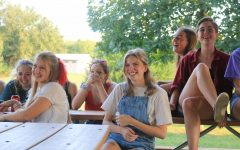 Navigation to Story: GALLERY: BVSW Theater Picnic on Sept. 12